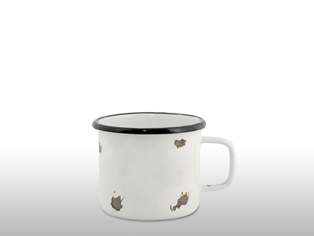 Damaged Emaille Tasse Becher